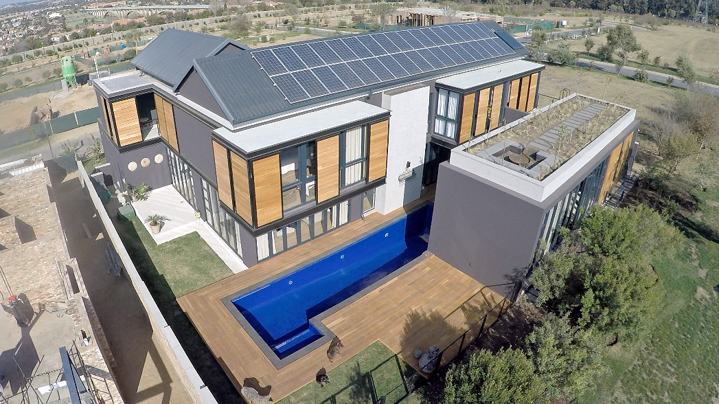 Ground or Roof Mounted Solar